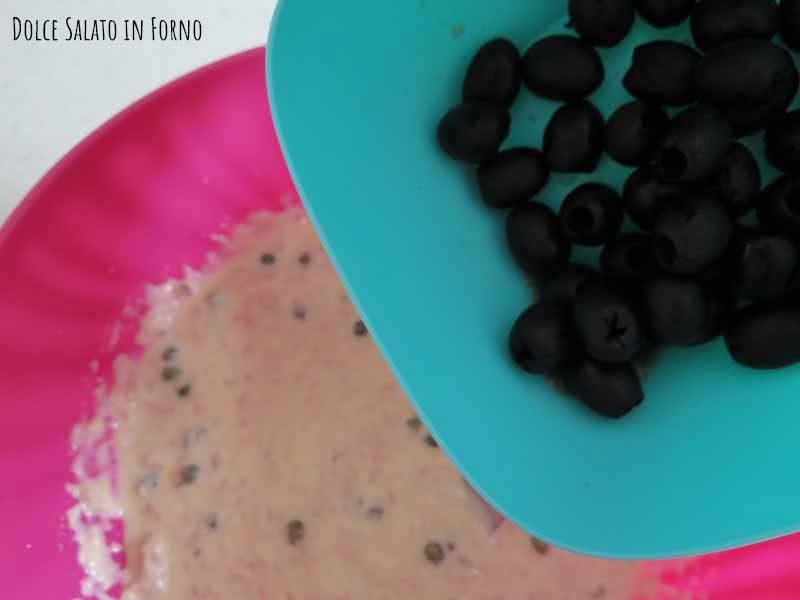 Aggiungere olive nere