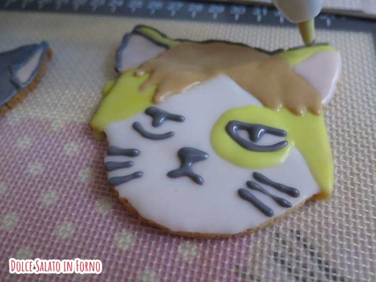 Biscotto a forma di Kenma Kozume versione gatto Nekoma