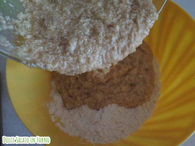 Composto liquido e secco banana bread