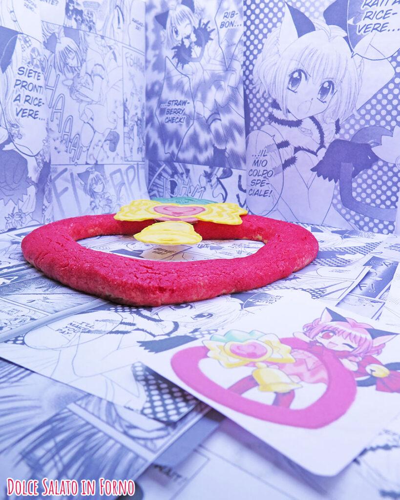 Biscotto morbido all'alchermes a forma di Strawbell Bell di Ichigo Momomiya