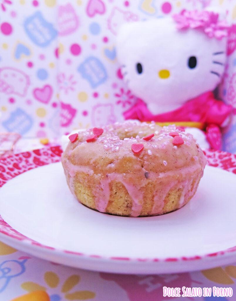 Ciambellina alla mela, noci e cannella di Hello Kitty