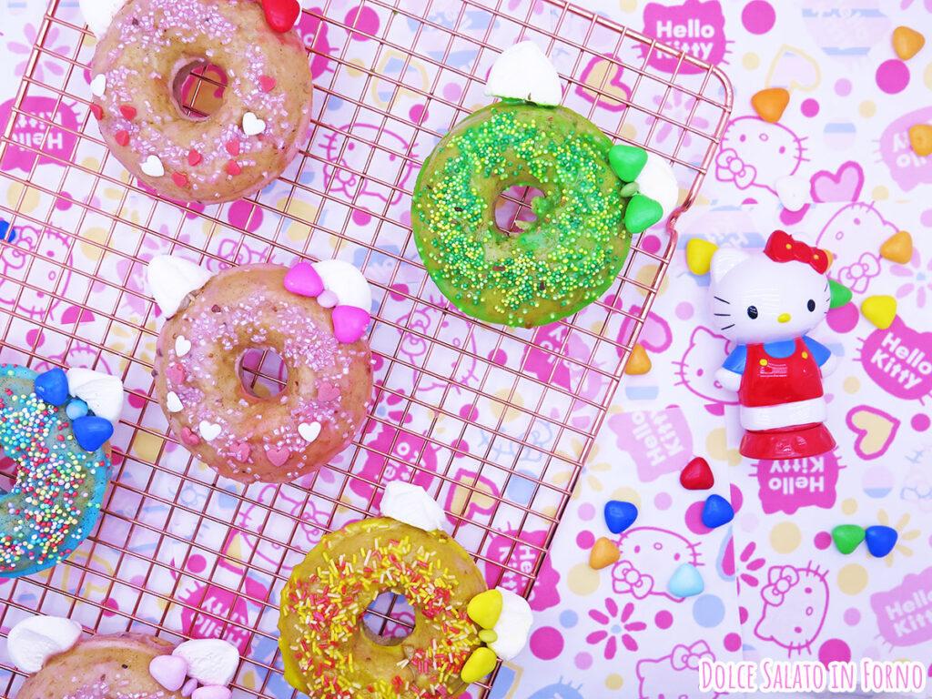 Ciambelline mela cannella noci glassate di Hello Kitty