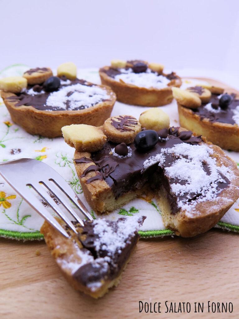 Crostatine Totoro pere e cioccolato