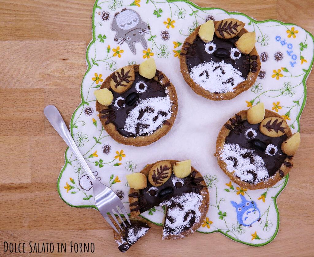 Crostatine pera e cioccolato a forma di Totoro
