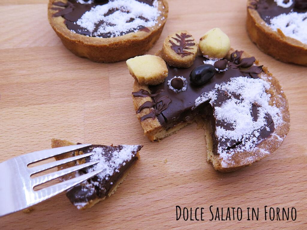 Crostatina Totoro cioccolato e pere