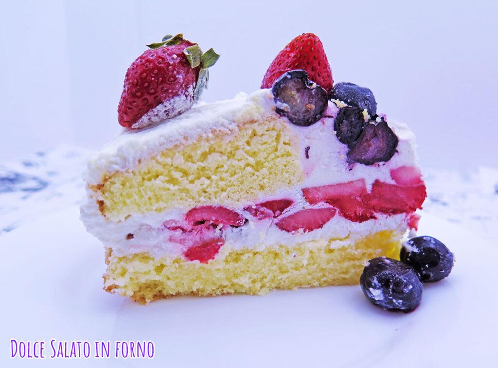 Fetta shortcake alle fragole e mirtilli di Nana Ai Yazawa