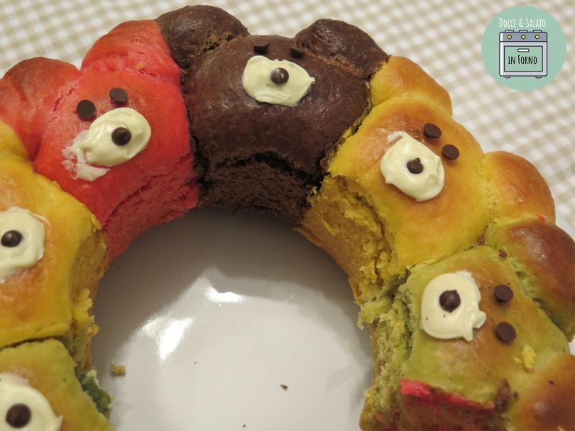 Ciambella brioche di orsetti colorati
