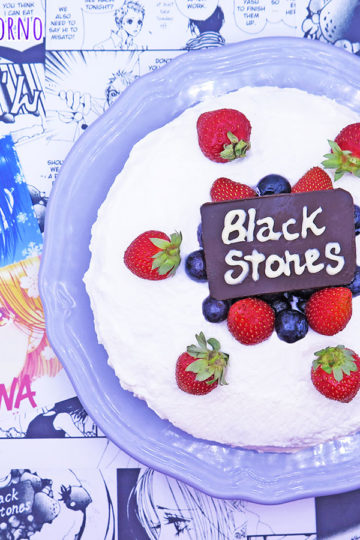 Shortcake giapponese fragole mirtilli Nana Black Stones