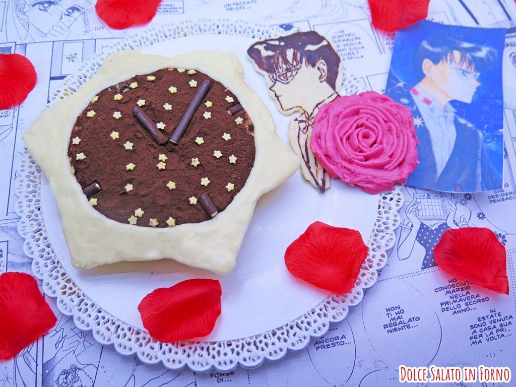 Tiramisù monoporzione con uova pastorizzate a forma di orologio star locket di Sailor Moon
