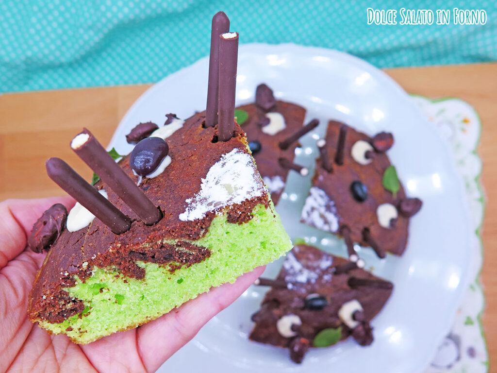 Fetta torta menta e cioccolato a forma di Totoro