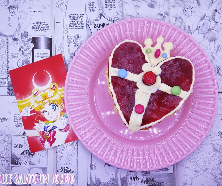 Torta alle fragole a forma di Cristallo del Cuore Sailor Moon