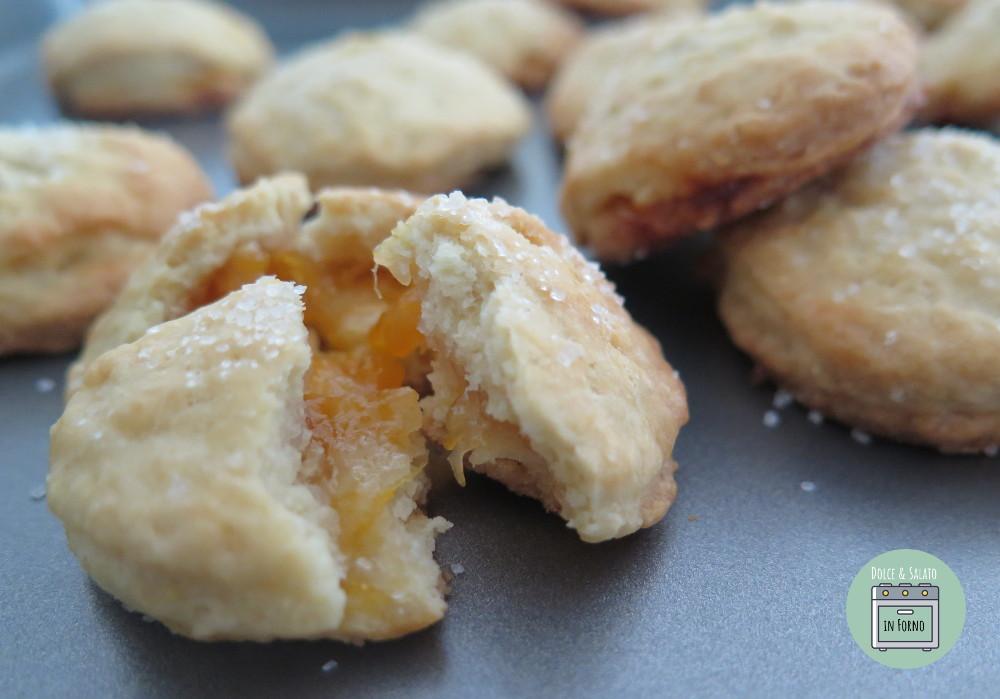 Tortelli di marmellata dolci al forno senza burro